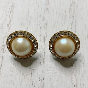 Vintage Pearl Jeweled Crystal Round Post Earrings